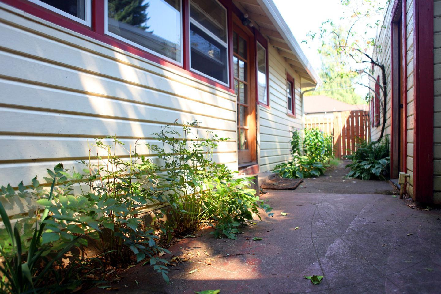 washougal chat sites Bid on the auction property at 2442 n washougal river rd in washougal washington for free register today to find other auction properties in washington.