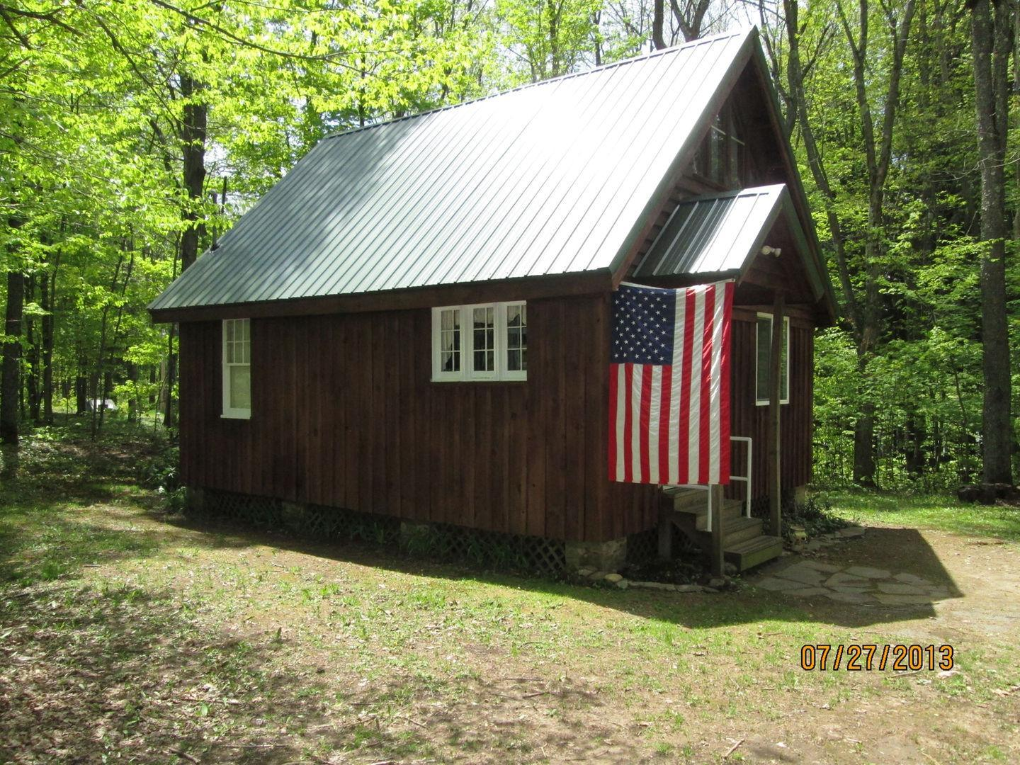 Rustic tug hill cabin pet policy for Rustic hotels near me