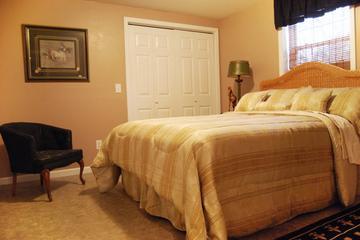 Pet Friendly 3 Bedroom Comfy Home