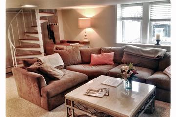 Pet Friendly Relaxed Bucktown Apartment