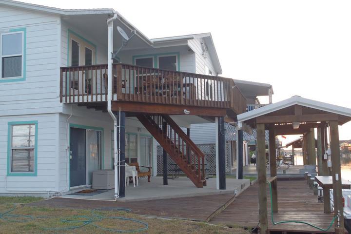 Awesome Pet Friendly Vacation Rentals In Rockport Tx Bring Fido Interior Design Ideas Truasarkarijobsexamcom