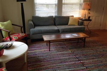 Pet Friendly Cute Rosewood Cottage