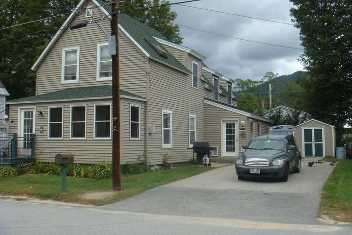 Pleasing Pet Friendly Vacation Rentals In Lincoln Nh Bring Fido Home Remodeling Inspirations Basidirectenergyitoicom