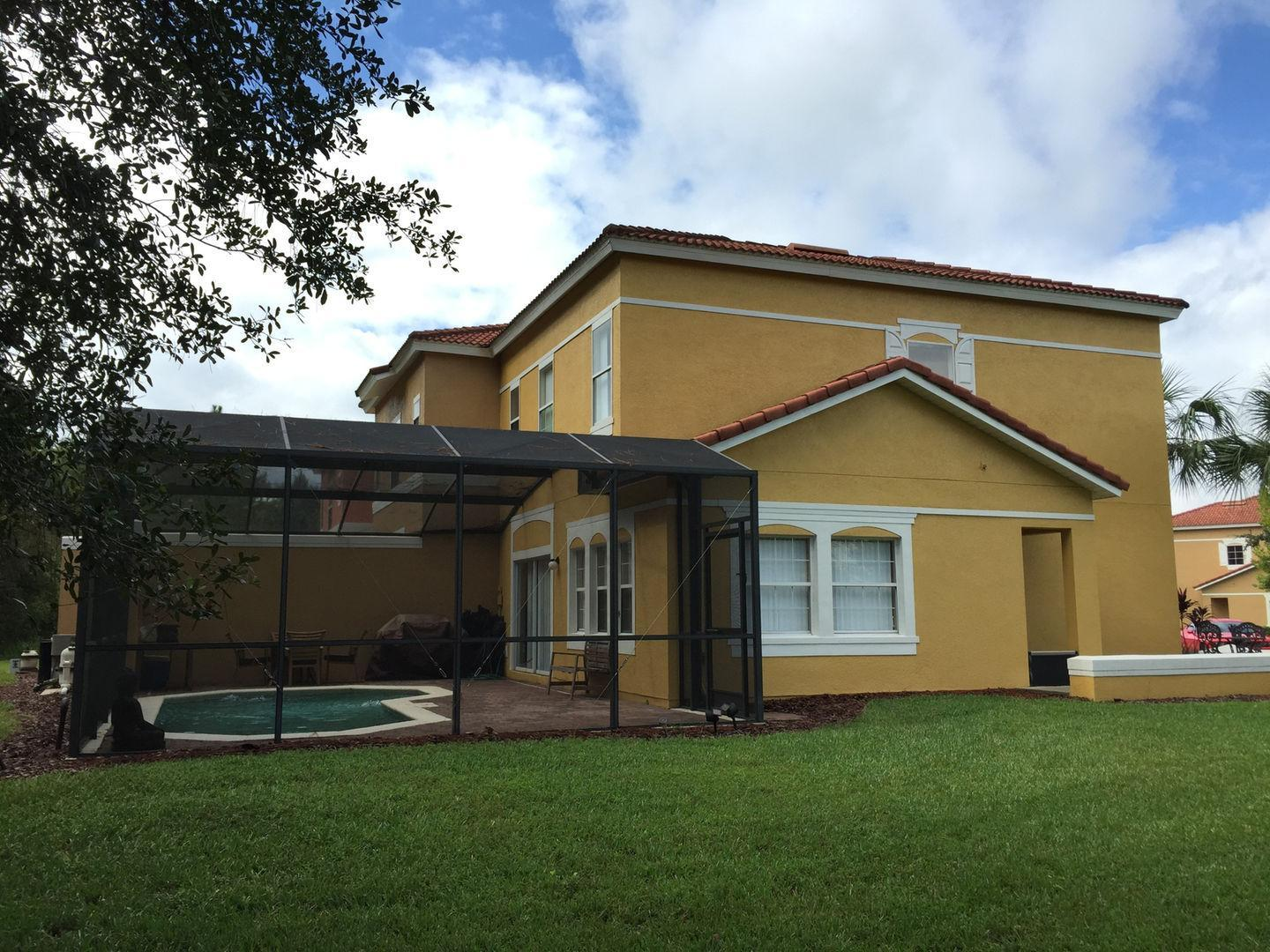 4BR Home with Pool in Gated Community Pet Policy
