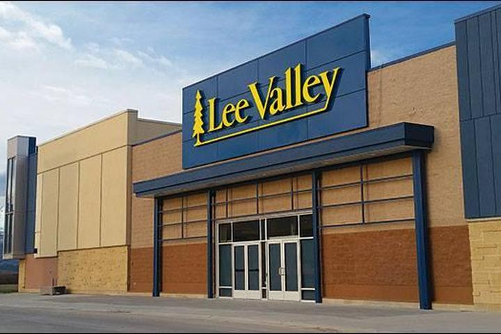Pet Friendly Lee Valley Tools