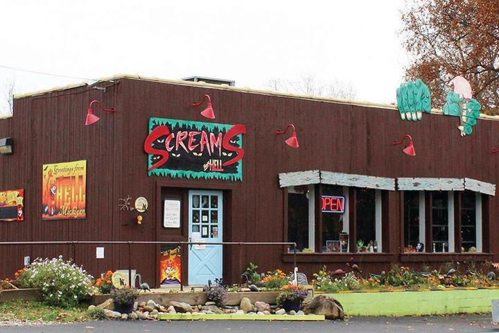 Pet Friendly Screams Souvenirs from Hell & Helloween