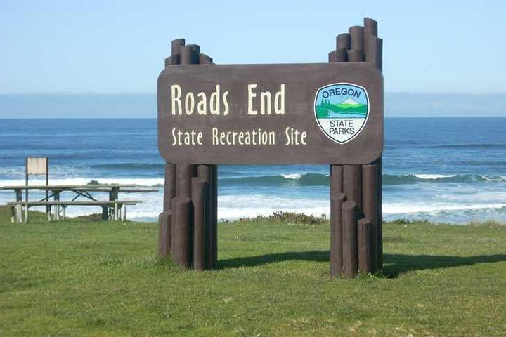 Pet Friendly Roads End State Recreation Site