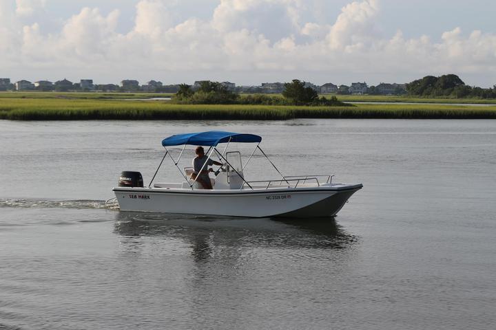 Pet Friendly Entropy Boat Rentals