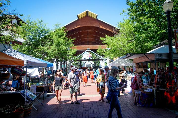 Pet Friendly River Market Farmers' Market