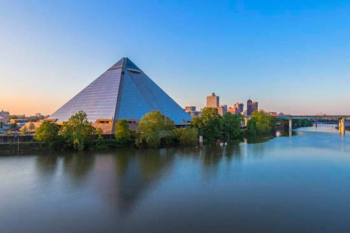 Pet Friendly Bass Pro Shops Memphis Pyramid