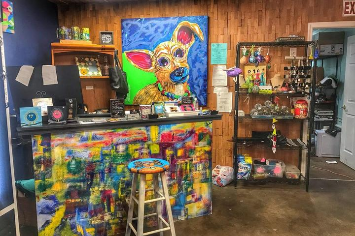 Pet Friendly Snouts and Strokes: Pet Portraits, Art Gallery and Lounge