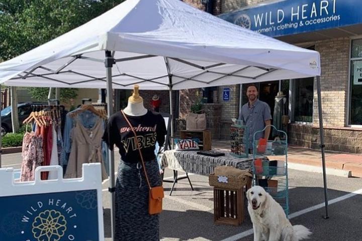 Pet Friendly Edwards Farmers Market