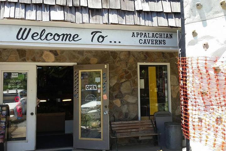 Pet Friendly Appalachian Caverns