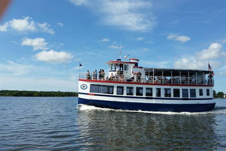 Pet Friendly Patriot Boat Cruises
