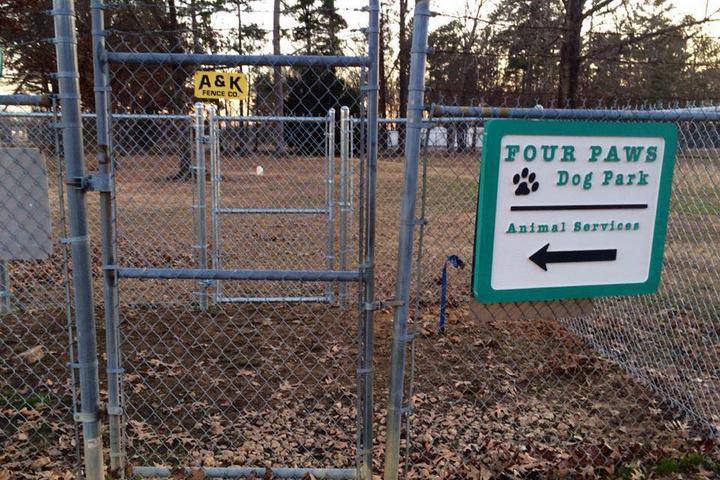 Pet Friendly Pat Dodson 4 Paws Dog Park
