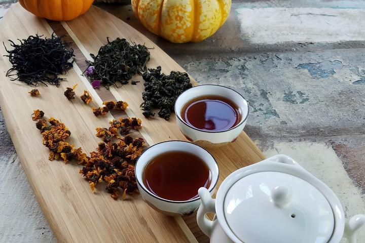 Pet Friendly Herbal Healing Tea Creations