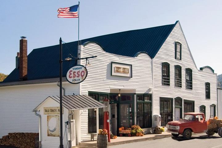 Pet Friendly Mast General Store