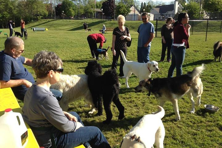 Pet Friendly Niles Ave Bark Park