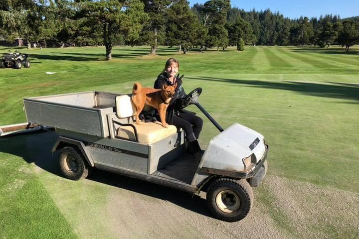 Pet Friendly Agate Beach Golf Course