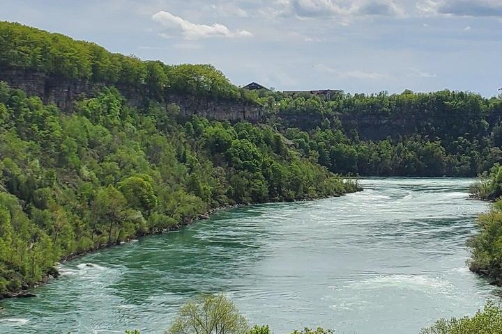 Pet Friendly Niagara Nature Hike