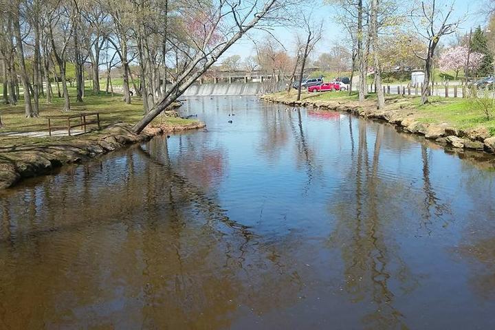 Pet Friendly Silver Lake County Park
