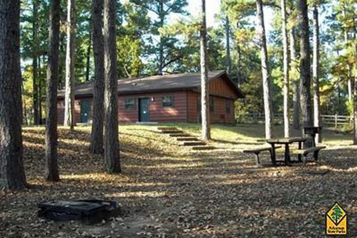Pet Friendly Crowley's Ridge State Park