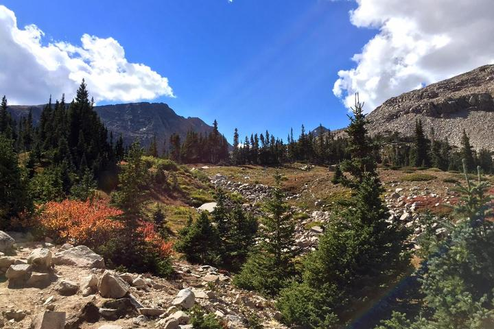 Pet Friendly Mitchell and Blue Lakes Trail