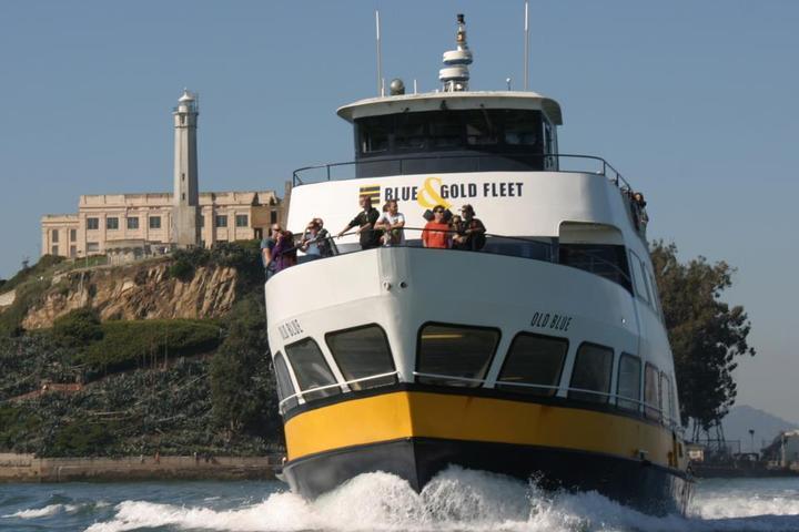 Pet Friendly Blue & Gold Fleet Bay Cruises