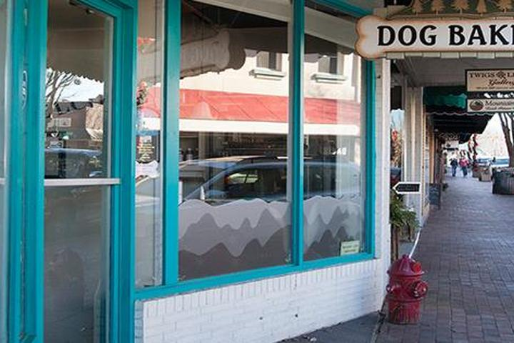 Pet Friendly Smoky Mountain Dog Bakery