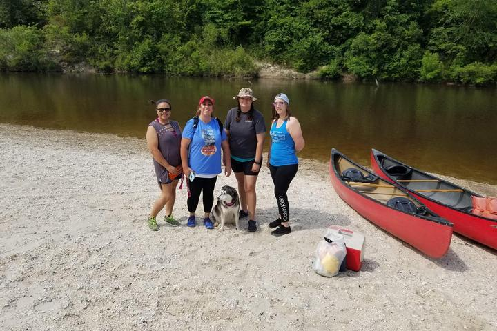 Pet Friendly Wolf River Canoe and Kayak