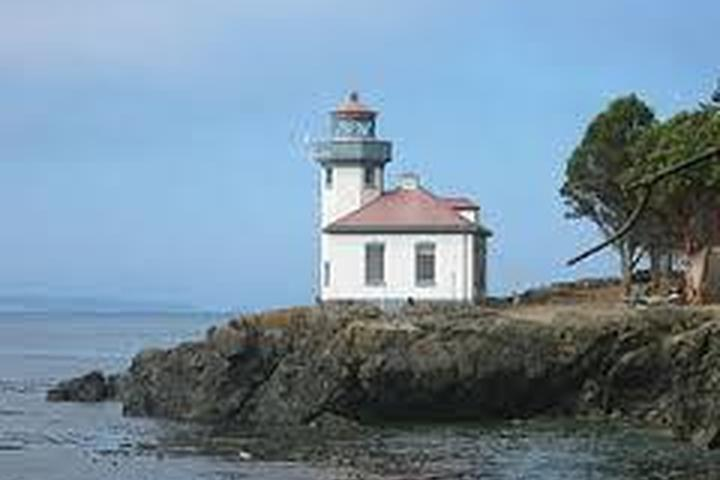 Pet Friendly Lime Kiln Point State Park