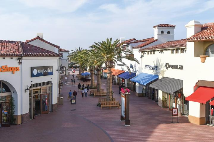 Pet Friendly Outlets at San Clemente