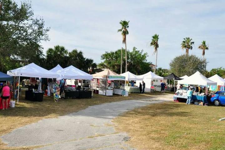 Pet Friendly Space Coast Farmers Market
