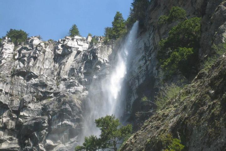 Pet Friendly Snoquera Falls