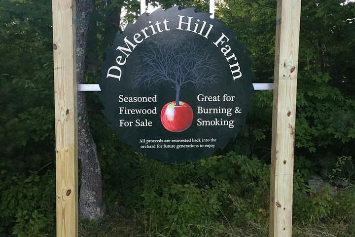 Pet Friendly DeMeritt Hill Farm