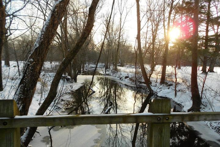 Pet Friendly Tippecanoe River State Park