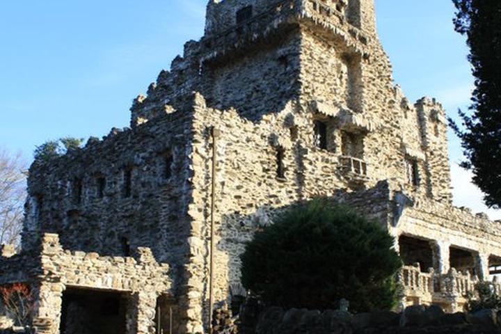 Pet Friendly Gillette Castle State Park