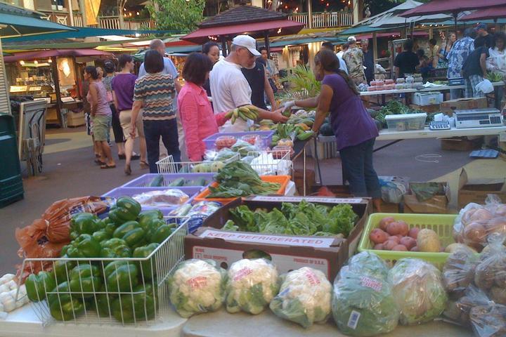 Pet Friendly Mahiku Farmers Market
