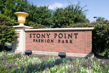 Pet Friendly Stony Point Fashion Park