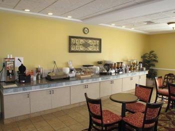 Pet Friendly La Quinta Inn U0026 Suites Mobile Daphne In Daphne, AL