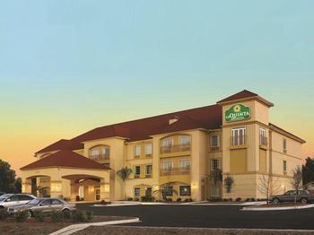 pet friendly hotels in pooler, ga bring fidopet friendly la quinta inn \u0026 suites pooler in pooler,