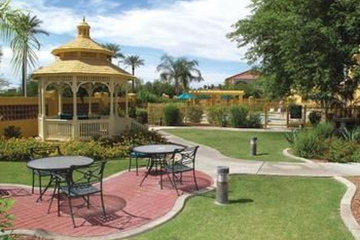 Pet Friendly La Quinta Inn & Suites Phoenix Mesa West