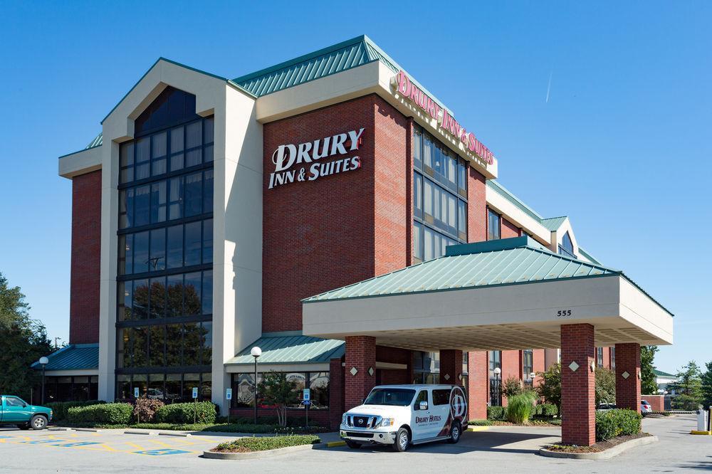 Pet Friendly Hotels In Nashville Tn Area