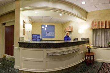 Pet Friendly Holiday Inn Express & Suites Eugene Springfield East