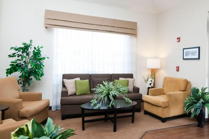 Pet Friendly Sleep Inn & Suites Hagerstown