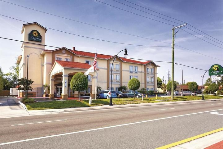 Pet Friendly La Quinta Inn Tampa South