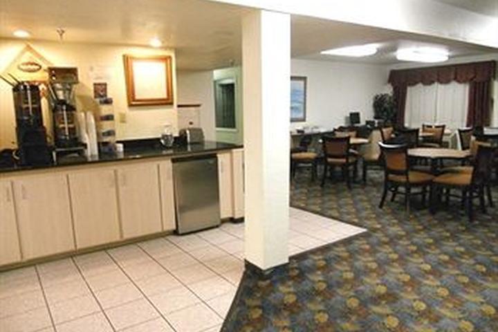 Pet Friendly Hotels in Wichita Falls, TX - Bring Fido