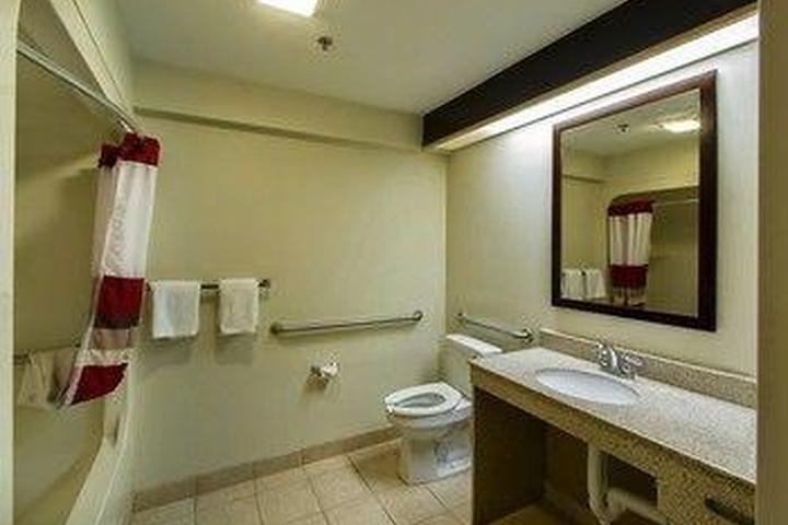 Pet Friendly Red Roof Inn Lithonia