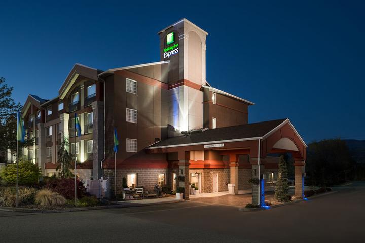 Pet Friendly Holiday Inn Express Wenatchee