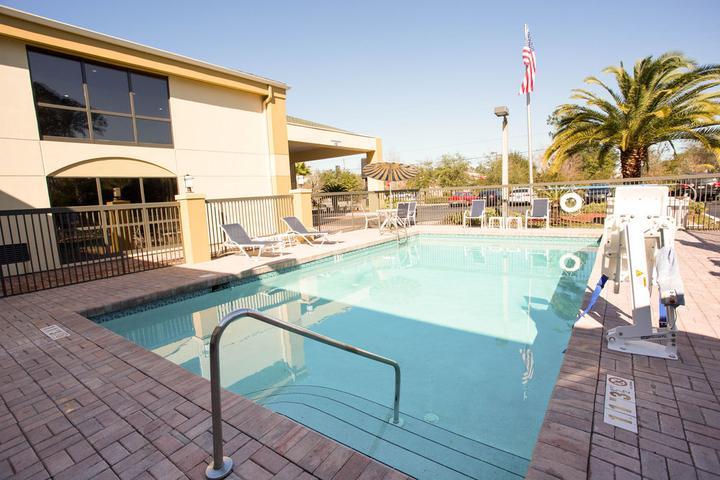Pet Friendly Comfort Inn Yulee Fernandina Beach